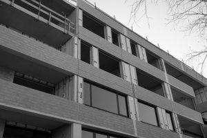 projecten_project_Leiden_Zorgcentrum_gevelelementen-sandwichpaneel_SINH_board_MgO[1]